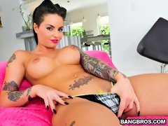 Now! For All Of You Living Under A Rock For The Past Couple Of Years Christy Mack Is Slowly Becoming The Industry's It Girl. This Little Spinner